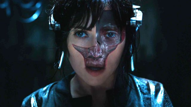 Ghost-In-The-Shell-Official-Trailer-1
